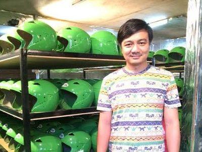 Helm Go-Jek Ternyata Buatan Pria Muda di Bandung