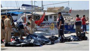 Kapal Dagang Tabrak Perahu Pengungsi, Puluhan Tewas