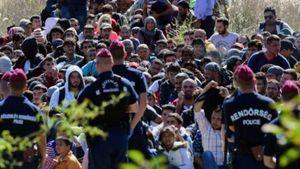 PM Hungaria Tuding Pengungsi Ancam Perbatasan Eropa