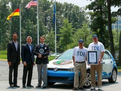 Sempat Pecahkan Rekor Mobil Diesel Teririt, VW Golf TDI Diselidiki