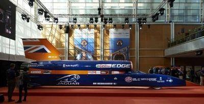 Mobil Supersonik Tercepat di Dunia Unjuk Gigi di Inggris