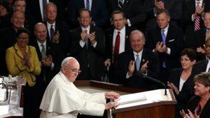 Paus Fransiskus Mengangkat Masalah Migran di Kongres AS