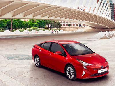 Keren, Toyota Prius Bakal Punya Sistem AWD