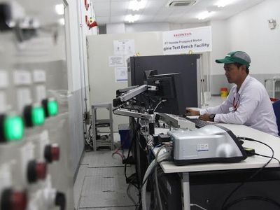 Penjualan Turun Tak Membuat Honda Kurangi Jam Lembur di Pabrik