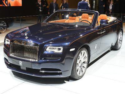 Baru Dijual 2016, Orang Tajir Indonesia Sudah Kebelet Rolls-Royce Dawn