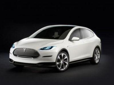 Kecewa Acara Peluncuran Mobil Molor, Pria Ini Kirim Surat Terbuka ke Bos Tesla