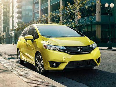 Transmisi Bermasalah, Honda Civic dan Jazz Ditarik