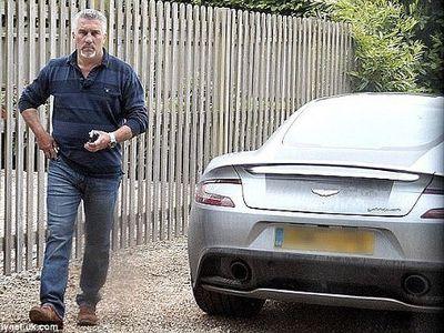 Terobsesi dengan Aston Martin, Pria Ini Bisa Atasi Gangguan Psikologis