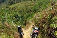 Balada Jalan Buruk Rupa di Pedalaman Sulawesi, Motor Pun Dimodifikasi
