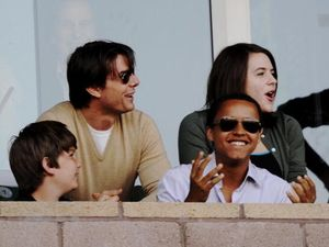 Tak Diundang, Tom Cruise Tetap Biayai Pernikahan Sang Putri