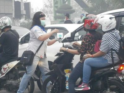 Kabut Asap di Sumatera dan Kalimantan Diperkirakan Tekan Penjualan Motor