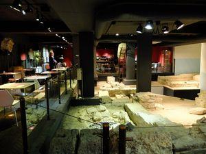 Reruntuhan Romawi Dalam Restoran di Maastricht, Belanda