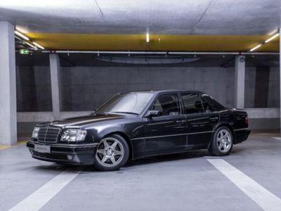 Mercedes-Benz E60 AMG Ini Hanya Dibuat 12 Unit