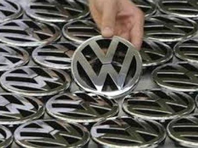 Volkswagen Tarik Mobil yang Terkait Isu Skandal Emisi Mulai Januari 2016