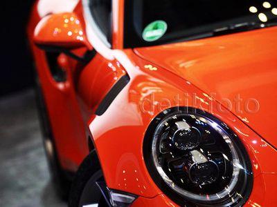 Porsche Siapkan 911 yang Lebih Ngebut, 911 R