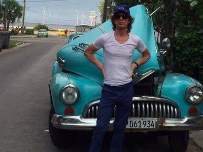 Bahkan Mick Jagger Tak Bisa Beli Mobil Baru di Kuba