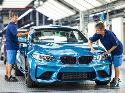 Mobil Balap Jalanan BMW M2 Mulai Diproduksi