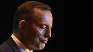 Meja Pecah Saat Pestanya, Eks PM Australia Bayar Ganti Rugi