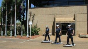 Canda Polisi Australia Mengenang Film Back to the Future