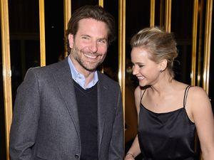 Kerap Dipasangakan di Film, Bradley Cooper Tak Mau Pacaran Betulan dengan J-Law