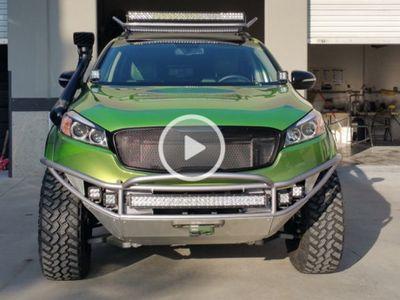 Goda Publik Amerika, Kia Kenalkan SUV Sorento Adventure