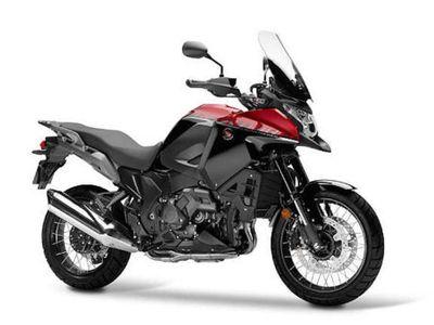 Rangsek Pasar Motor Turing Premium, Honda Poles VFR1200X