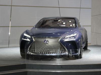 LF-FC, Mobil Super Canggih Lexus