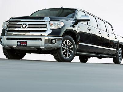 Ini Dia, Pikap Limosin Buatan Toyota