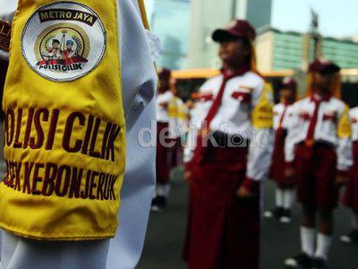 #nodrivingunder17, Polisi Andalkan Polisi Cilik