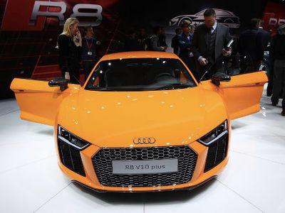 Audi R8 Makin Ngebut dengan Turbocharged 5 Silinder?