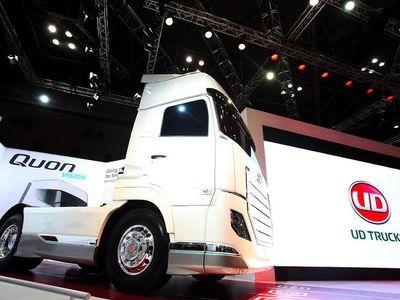 UD Truck Pamer Teknologi Terbaru di Tokyo Motor Show