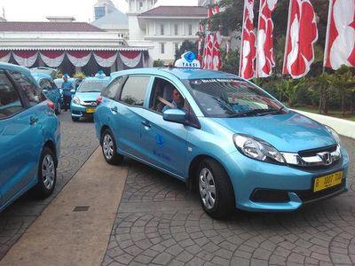 Pasok Mobilio untuk Taksi Blue Bird, Honda Untung
