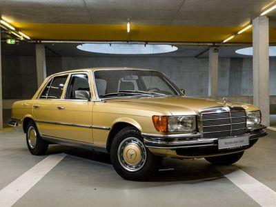 Museum Mercedes-Benz Kini Jualan Mobil Klasik