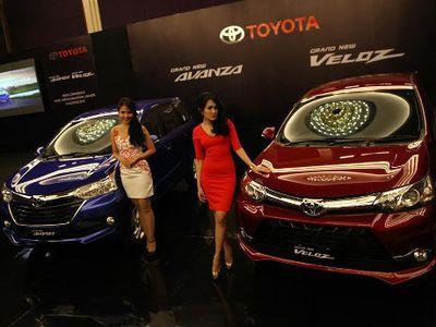 10 Mobil Terlaris Sepanjang Oktober 2015