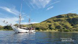 Kepulauan Komodo yang Jaya di Darat dan Lautnya