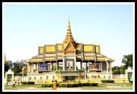 Istana di Kamboja Pajang Foto Bung Karno!