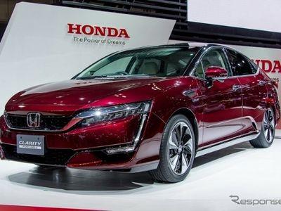 Honda Bawa Mobil Hidrogen Clarity ke Los Angeles
