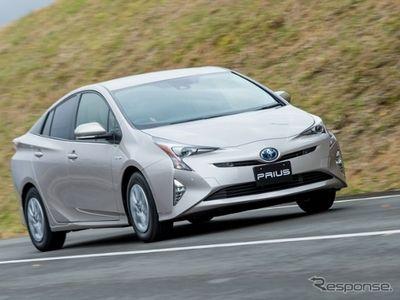 Pakai Baterai Ringan, Konsumsi BBM Toyota Prius Sampai 40 Km/liter
