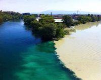 Ajaib! Dua Air Sungai Tidak Menyatu di Swiss