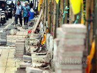 Perbaikan Trotoar di Jalan Gelora Senayan