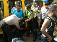 Keroyok Polisi, 20 Orang Pendemo Ditangkap