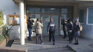 Mengaku Diserang oleh Pria yang Berteriak ISIS, Guru Prancis Ternyata Bohong