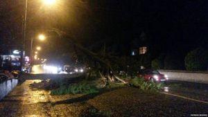 Badai Frank Terjang Inggris, Ratusan Rumah Tanpa Listrik