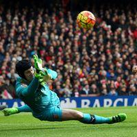 Arsenal Batal Berjarak Delapan Poin dari Leicester