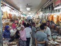 Pasar Baru, Sentra Oleh-oleh Khas Bandung