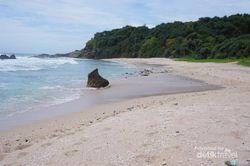 Pantai Jungwok di Gunungkidul, Seperti Milik Pribadi
