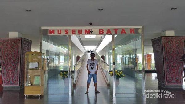 Belajar Cinta Sejarah Ke Museum Batak Balige