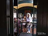 Pengalaman Naik Kereta Api Antik di Ambarawa