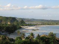 Bukit Merese, Tempat Baru Mengagumi Indahnya Pantai di Lombok