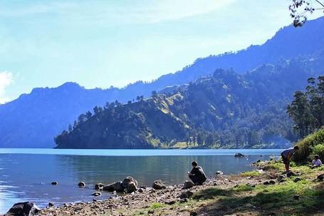 Cerita Emas Berbentuk Ikan Di Danau Segara Anak, Gunung Rinjani